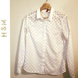 H&M adorable polka dot top